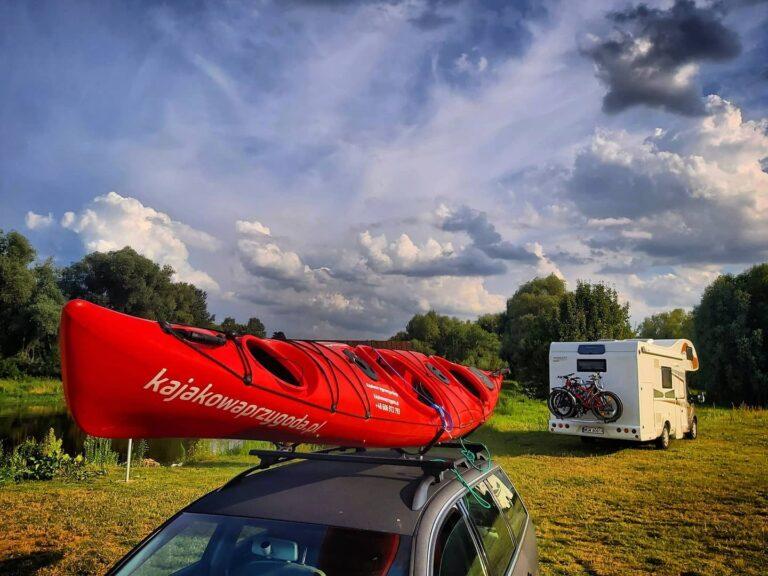 Wielka kajakowa majówka nad Bugiem – aktywny weekend w kajaku